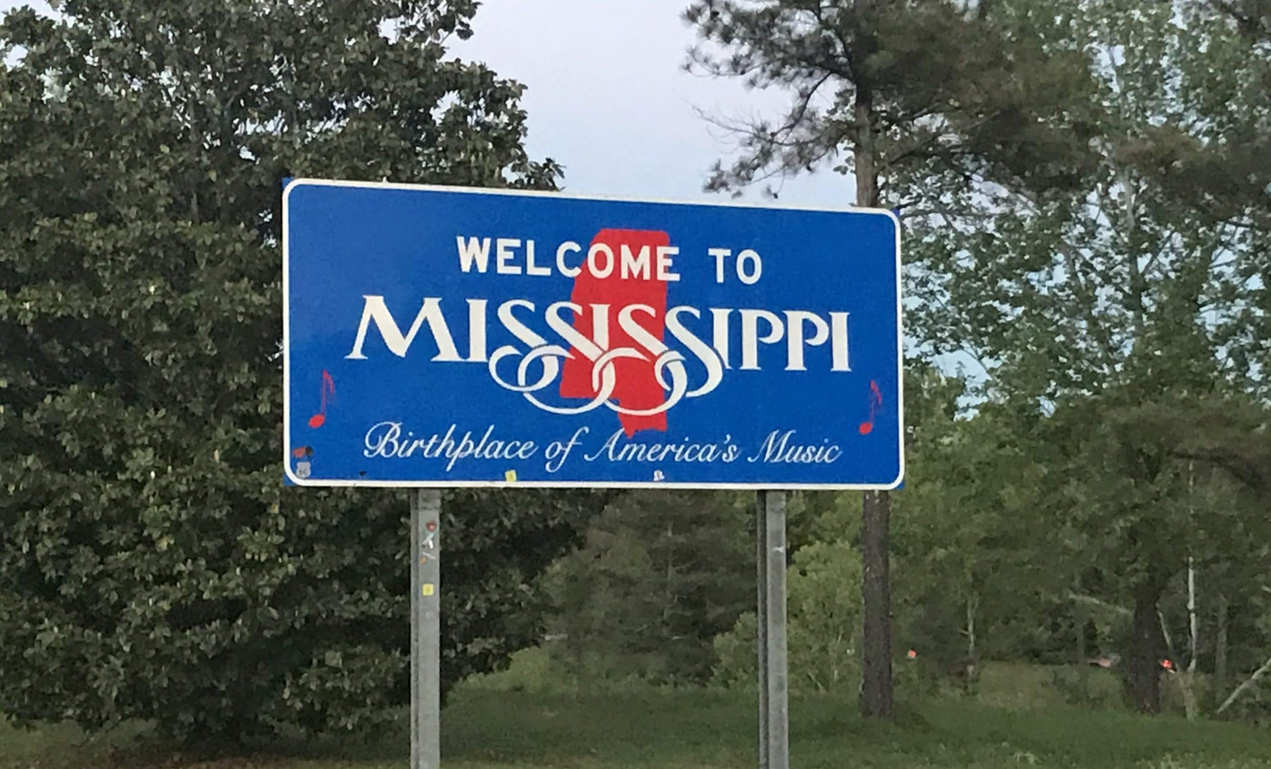 Mississippi Christians Respond After Governor Signs Law Lifting Prohibition-Era Alcohol Ban